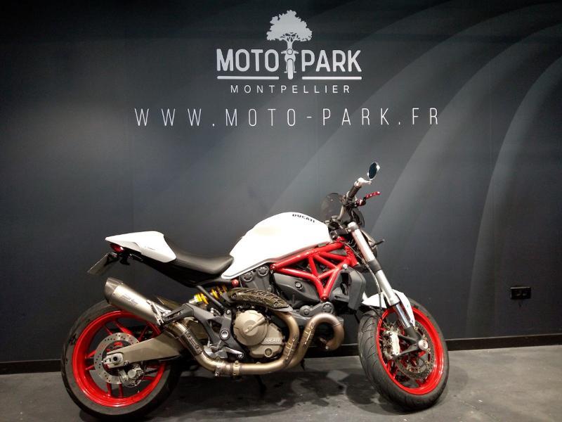 moto Monster 821 ABS