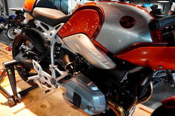 nine-t-racer-0198E425BF-2DF5-7751-4601-F286857AC804.jpg